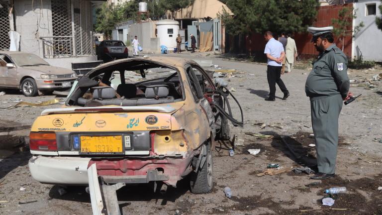 Талибаните поеха отговорност за нападението с кола бомба в Кабул
