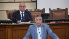 Цацаров бил удобен за управляващите, не пипал дълбоко в политическата система