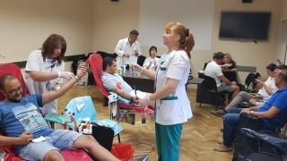 45 души дариха кръв за лекарката, паднала от 7-я етаж