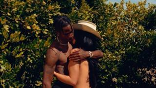 Playboy провокацията на Кайли Дженър и Травис Скот