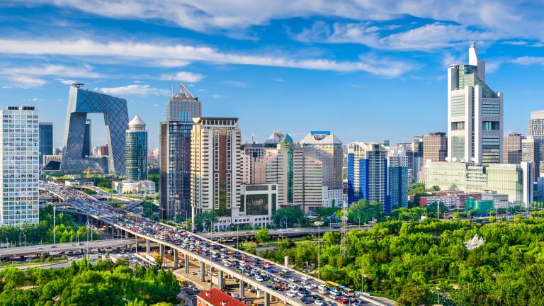 Продажбите на 100-те най-големи имотни предприемачи в Китай се сриват с 36% на годишна база през септември