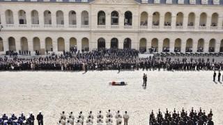 Полагат тленните останки на Симон Вейл в Пантеона в Париж