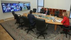 Външните министри на ЕС започват преговори за членство с Албания и Севрна Македония