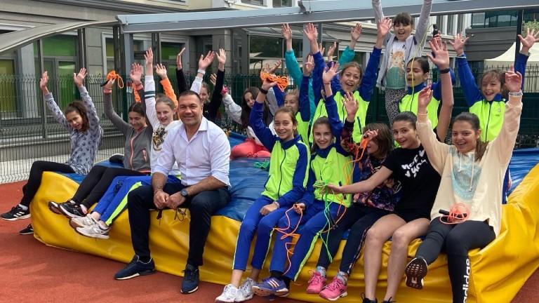Кубрат Пулев проведе тренировка с отбор по лека атлетика. Боксьорът