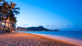 $18-милиардната туристическа индустрия в Хавай е поредната жертва на търговската война