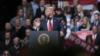 Тръмп продължава да твърди без доказателства, че Обама го е подслушвал