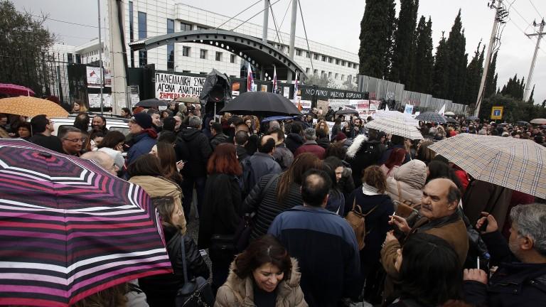 24-часова стачка на гръцките железничари
