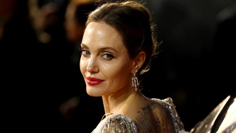 Когато Анджелина Джоли се притеснява за живота на дъщеря си
