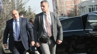 Разпитват Борисов за ваксините