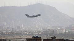 САЩ завършиха евакуацията на военните си от Афганистан