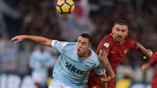 Рома нокаутира Лацио в Дербито на Рим и се изравни с Интер