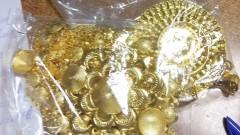 """Задържаха голямо количество златни и сребърни накити на МП """"Лесово"""""""
