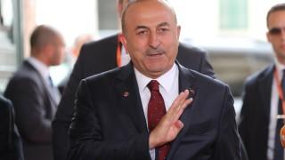 """На германците няма да им се молим, отсече Анкара за казуса с """"Инджирлик"""""""