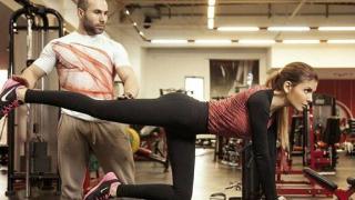 Анелия се поти с грим във фитнес залата (СНИМКИ)