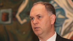 Скандалът в коалицията продължава, Кадиев представи партията си, налагат ограничения на младите шофьори...