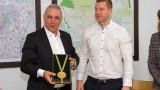 """Христо Стоичков стана """"Почетен гражданин на Стара Загора"""""""