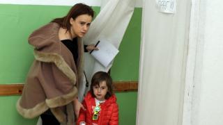 Към 10 хил. гласували българи в чужбина до 10 часа, половината - в Турция