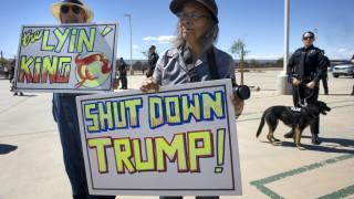 Тръмп може да затвори границата с Мексико за ден
