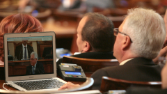 Депутатите решават за референдума на Марешки