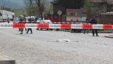 Цигани потрошиха патрулка с мощен обстрел от тухли, камъни и прътове