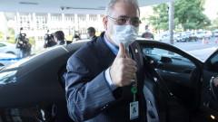 Бразилският здравен министър е положителен за COVID-19 в Ню Йорк
