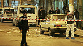 Микробус, натъпкан с взрив, откриха в турски град