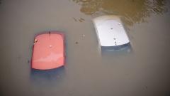 Жертвите на наводненията в Западна Вирджиния са 26
