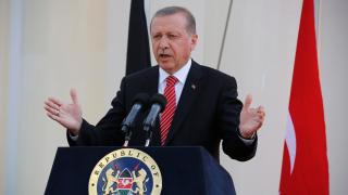 Историята ни е свързана с милост и състрадание, на Германия – кланета, убеден Ердоган