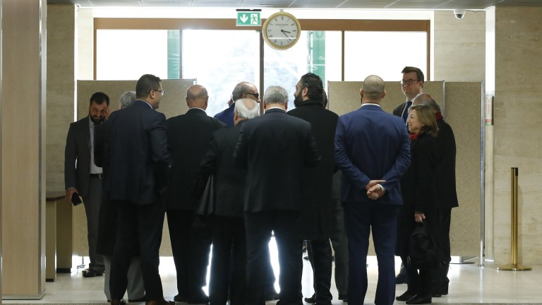 Сирийската правителствена делегация се връща на преговорите в Женева през уикенда