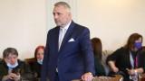 """Хаджигенов: Намаляването на срока за внасяне на обвинение пресича """"вечния обвиняем"""""""
