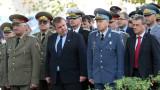 Каракачанов обещава, че няма да се приземи орела на ВВС