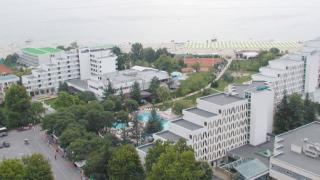 "Румънци окупират курорт ""Албена"" за Великден"