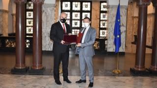 Иван Гешев награди разследващи битовата престъпност