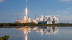 SpaceX на Мъск строи завод до Лос Анджелис за ракети за изпращане на хора на Марс и Луната