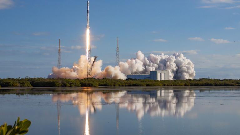 Ракета на SpaceX избухна след тест