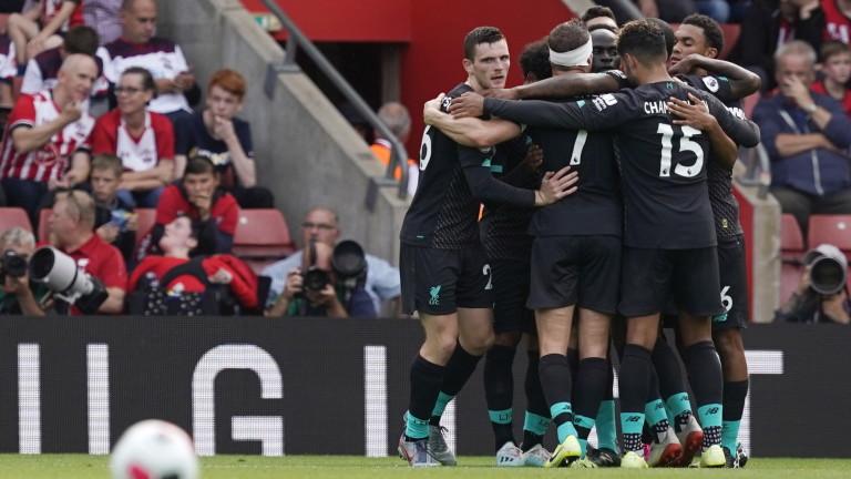 Снимка: Грешка на Адриан принуди Ливърпул да трепери срещу Саутхямптън, победата все пак беше за мърсисайдци