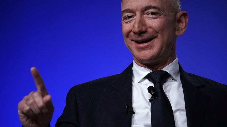 С богатство под формата на 79 милиона акции на Amazon