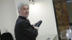 Валентин Михов: Оставката е най-лесното нещо