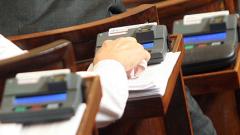 Отложиха разглеждането на промените в Конституцията