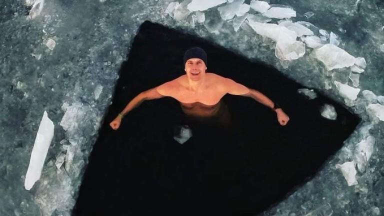 Когато ледът не може да те спре да плуваш за рекорд