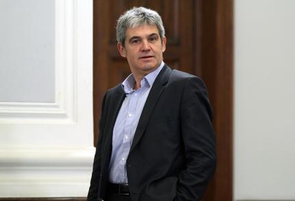 """КНСБ настоя за извънредна Тристранка заради """"Дикенсов капитализъм"""""""