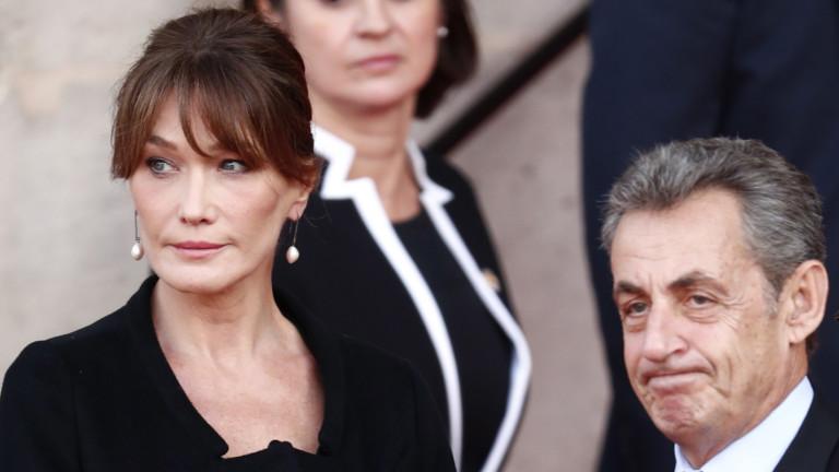 Консервативните политически съюзници на Никола Саркози и неговата съпруга се