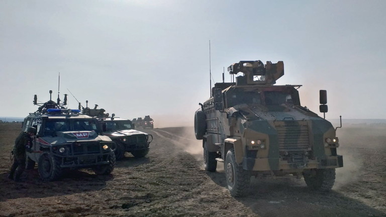 Русия показа видео от десанта на руски военни в бивша база на САЩ в Сирия