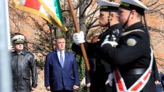 Каракачанов: Партиите са временни, но България ще остане във вековете