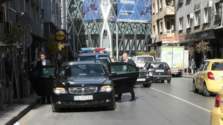 Десните да гласуват срещу БСП и оръжейното лоби, призова Гроздан Караджов