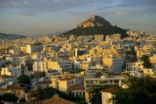 Градският транспорт в Атина става безплатен