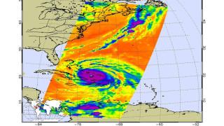 """Безпрецедентна евакуация във Флорида заради урагана """"Ирма"""""""