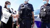 """Британският вътрешен министър очаква военните да спрат мигрантите в """"опасния"""" Ламанш"""