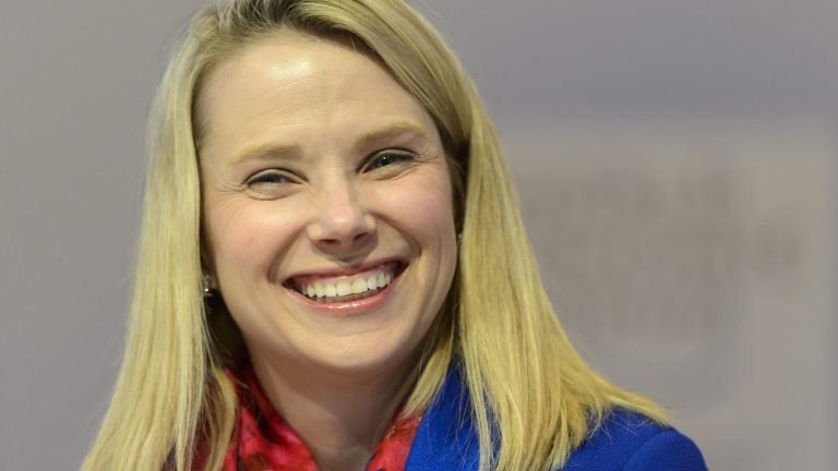 Изпадналата в криза Yahoo е увеличила 24 пъти разходите за охрана на шефа си