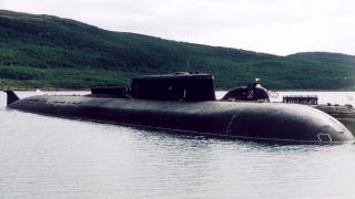 Франция засякла въоръжена руска ядрена подводница край бреговете си